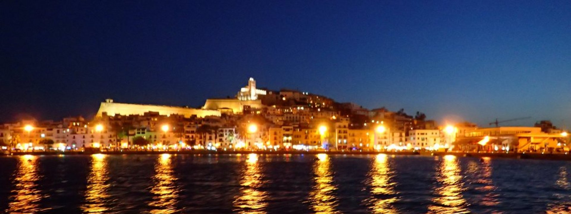 Ibiza Stadt by night