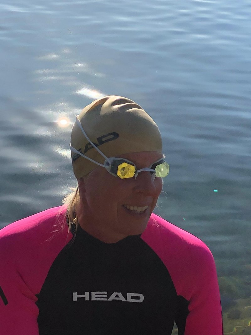[Translate to English:] Schwimmerin mit HEAD Horizon Schwimmbrille